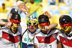 04.07.2014, Maracana, Rio de Janeiro, BRA, FIFA WM, Frankreich vs Deutschland, Viertelfinale, im Bild German fans before tehe game versus France during the quarters final // during quarterfinals between France and Germany of the FIFA Worldcup Brazil 2014 at the Maracana in Rio de Janeiro, Brazil on 2014/07/04. EXPA Pictures © 2014, PhotoCredit: EXPA/ Eibner-Pressefoto/ Cezaro<br /> <br /> *****ATTENTION - OUT of GER*****