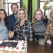 NLD/Amsterdam/20171218 - Musical Awards nominatielunch 2018, René van Kooten en Lone van Roozendaal, Mylène en Rosanne Waalewijn en Esmee Dekker