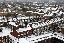 London News Pictures 03/12/10. General view of houses covered with snow in Peckham, South London, UK on Monday the 3 of December 2010 Picture credit should read: Carmen Valino/London News Pictures