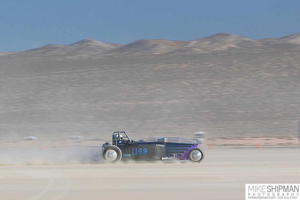 Ferguson & Carr, 1169, eng D, body GR, driver Mike Ferguson, 184.225 mph, record 201.894