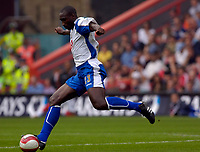 Photo: Daniel Hambury.<br />Charlton Athletic v Portsmouth. The Barclays Premiership. 16/09/2006.<br />Portsmouth's Sol Campbell, who is part of the defence which has yet to concede a goal.