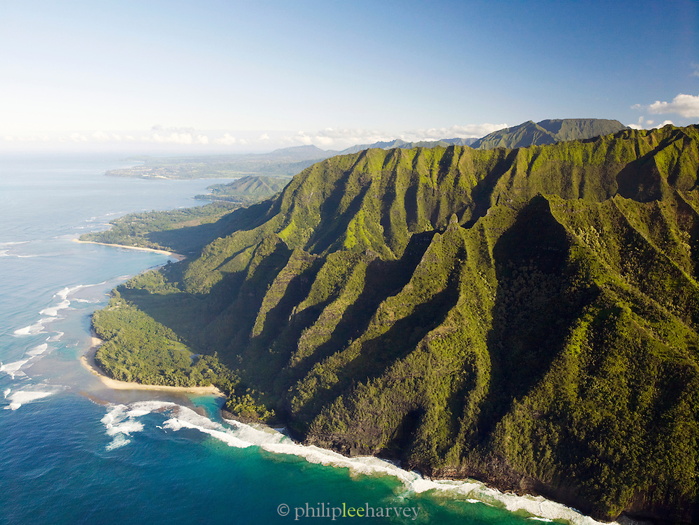 Coastline of Na Pali Coast National Park, Kaua?i, Hawai?i