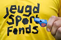 BILTHOVEN - Bondscheidsrechters hockey in het nieuwe Adidas tenue met als sponsor het Jeugd Sport Fonds. foto Koen Suyk