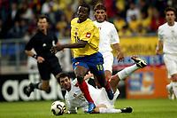 Fotball <br /> FIFA World Youth Championships 2005<br /> Tilburg<br /> Nederland / Holland<br /> 12.06.2005<br /> Foto: ProShots/Digitalsport<br /> <br /> Colombia v Italia<br /> <br /> harrison otalvaro
