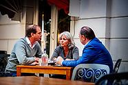Henk Otten in gesprek met Dorien Rookmaker en Jeroen de Vries bij een hotel in zwolle eerstekamerlid