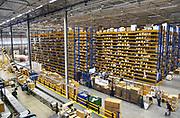Nederland, Roermond, 17-9-2015In een gigantisch magazijn beheert , distribueert, verzorgt UPS de distributie van medicijnen, geneesmiddelen en medische hulpmiddelen voor de fabrikanten. Van hieruit gaan ze naar de groothandel en de verschillende ketens van apothekers in Nederland en een deel van de wereld .aanpak, american, Amerikaans, Amerikaanse, Arbeid, bedrijf, Bedrijfsvoering, bevoorrading, bezorgdienst, bezorgservice, company, courier, courierservice, DIENSTVERLENING, distributie, DISTRIBUTIECENTRUM, distribution, Euregio, Europa, europe, expresdienst, expresgoederen, farma, farmaceutica, farmaceutisch, farmaceutische, GENEESMIDDELEN, gezondheidsproducten, Gezondheidszorg, Groot, healthcare, healthproducts, koerier, koeriersbedrijf, koeriersdienst, koerierservice, kosten, LIMBURG, Logistics, Logistiek, magazijn, medewerkers, medicijnen, medicijnenvoorraad, medicin, medisch, Medische, Nederland, Netherlands, Opslag, pakje, pakjes, pakjesbezorger, pakketbezorger, pakketdienst, pakketjes, pakketvervoer, pharmaceutica, pharmaceutical, Pharmaceutisch, pharmaceutische, Pharmacy, ploegendienst, post, postbedrijf, product, producten, relaxed, sneldienst, snelservice, spoed, spoeddienst, spoedpakket, stellingen, supplychain, the, Ups, van, verdelen, versturen, Vervoer, vervoeren, verzenden, voorraad, werk, Werken, west, western, zorg, industrie, brexit; ema; geneesmiddelenbeoordeling; europees; bureau; europese; regels; regelgeving; patent; octrooi; grondstoffen; merknaam; monopolie, sector .Foto: Flip Franssen