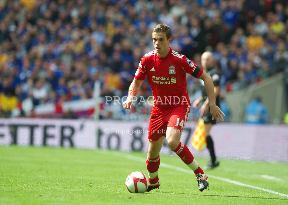 LONDON, ENGLAND - Saturday, April 14, 2012: Liverpool's Jordan Henderson in action against Everton during the FA Cup Semi-Final match at Wembley. (Pic by David Rawcliffe/Propaganda)