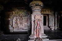 Inde, état de Maharashtra, Ellora, grottes d'Ellora classées au Patrimoine mondial de l'UNESCO, grotte N°32 // India, Maharashtra, Ellora cave temple, Unesco World Heritage, cave N°32