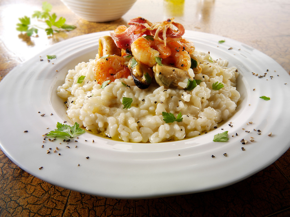 Classic risotto with prawns, mussels and bacon
