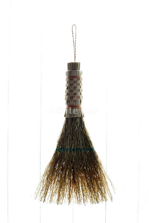 little straw hand broom