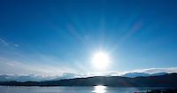Lav vintersol over Sunnmørsalpane.<br /> Foto: Svein Ove Ekornesvåg