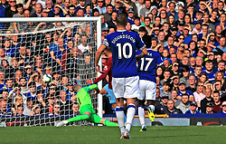 West Ham United's Andriy Yarmolenko (centre back) scores his side's first goal of the game during the Premier League match at Goodison Park, Liverpool.