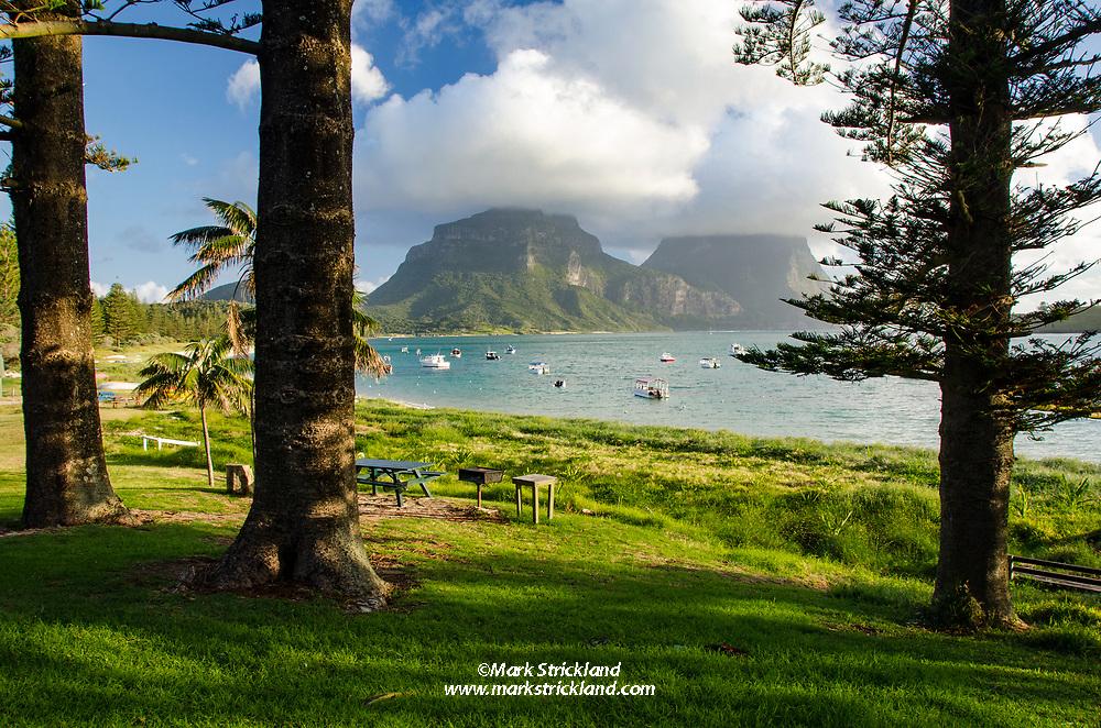 Lagoon Beach, looking south towards Mounts Lidgbird and Gower. Lord Howe Island, Australia, Tasman Sea, Pacific Ocean