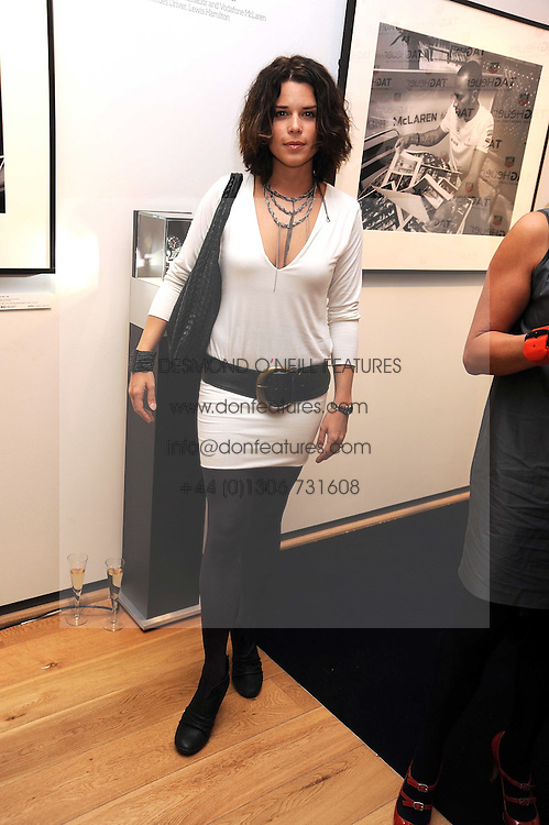 Actress NEVE CAMPBELL at the TAG Heuer British Formula 1 Party at the Mall Galleries, London on 15th September 2008.