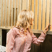 NLD/Ermelo/20190821 - Setbezoek Paardenfilm Whitestar, Britt Dekker