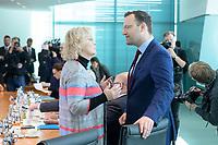 09 OCT 2019, BERLIN/GERMANY:<br /> Christine Lambrecht (L), SPD, Bundesjustizministerin, und Jens Spahn (R), CDU, Bundesgesundheitsminister, im Gespraech, vor Beginn der Kabinettsitzung, Bundeskanzöeramt<br /> IMAGE: 20191009-01-007<br /> KEYWORDS: Sitzung, Kabinett, Gespräch