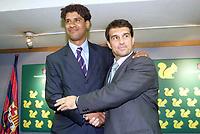 Fotball<br /> Spania 2003/2004<br /> Barcelona<br /> Frank Rijkaard og Joan Laporta<br /> Foto: Digitalsport<br /> Norway Only