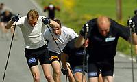 Langrenn, 25. mai 2004, landslagssamling Klekken,  Thomas Alsgaard bak Frode Estil og Odd-Bjørn Hjelmeset
