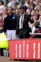 Photo: Jed Wee.<br />Sunderland v Leicester City. Coca Cola Championship. 16/09/2006.<br /><br />Sunderland manager Roy Keane.
