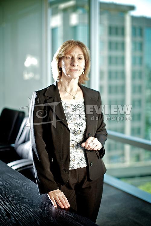 Olga Kolesza, no escritório da CRP Companhia de Participações, em Porto Alegre Alegre.  FOTO: Jefferson Bernardes/Preview.com