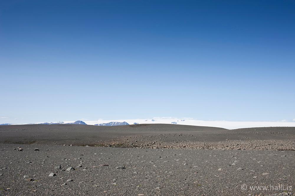 Sprengisandur and the glacier Hofsjokull in back -Sprengisandur of Hofsjökull í fjarska