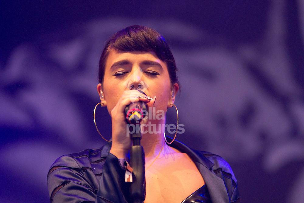 Picture by Sophie Elbourn/Stella Pictures Ltd +447595 944177<br /> 30/06/2013<br /> Jessie Ware performs during day four of the Glastonbury Festival at Worthy Farm, Pilton.