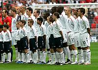Photo: Tom Dulat.<br /> England v Estonia. UEFA European Championships Qualifying. 13/10/2007.<br /> England's team singing National Anthem