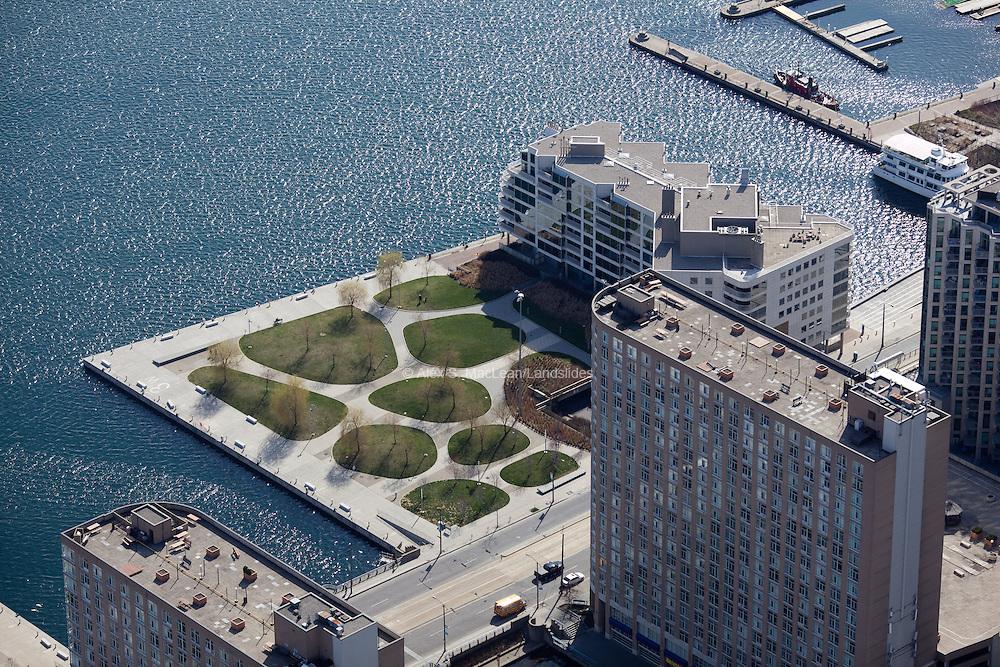 HTO Park West, Toronto<br /> <br /> designed by Janet Rosenberg + Associates Landscape Architects, Claude Cormier Architectes Paysagistes Inc. and Hariri Pontarini Architects.