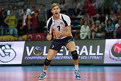 01-07-2012 VOLLEYBAL: EUROPEAN LEAGUE TURKIJE - NEDERLAND: ANKARA<br /> Nederland wint de European League 2012 door Turkije met 3-2 te verslaan / <br /> Gijs Jorna (#7 NED)<br /> ©2012-FotoHoogendoorn.nl/Conny Kurth