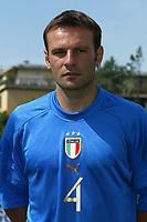 Coverciano 27/5/2004 Ritiro della nazionale italiana in vista degli Europei 2004 in Portogallo. <br />Cristiano Zanetti, Italy, midfielder.<br />Foto Andrea Staccioli Graffiti