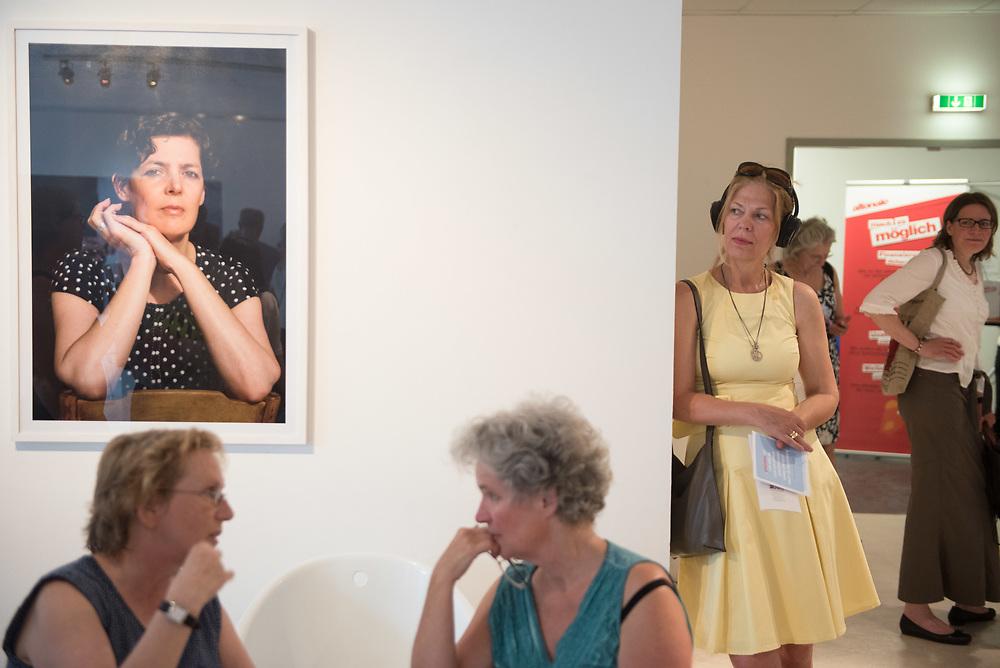 Eröffnung Kulturetage Altona<br /> im Rahmen der kunstaltonale<br /> <br /> Foto: Mauricio Bustamante