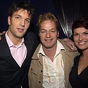Uitreiking populariteitsprijs 2002, Bas Muijs, Tony Neef en Anouk van Nes