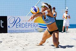 20140603 ITA: EK Beachvolleybal, Cagliari<br /> Laura Bloem <br /> ©2014-FotoHoogendoorn.nl / Pim Waslander