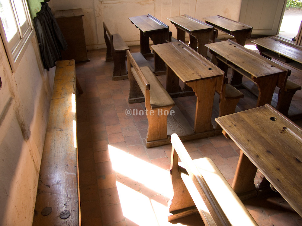 interior of an 19th century class room