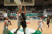DESCRIZIONE : Siena Lega A 2011-12 Montepaschi Siena Pepsi Caserta<br /> GIOCATORE : <br /> CATEGORIA : tiro schiacciata<br /> SQUADRA : Pepsi Caserta<br /> EVENTO : Campionato Lega A 2011-2012<br /> GARA : Montepaschi Siena Pepsi Caserta<br /> DATA : 23/10/2011<br /> SPORT : Pallacanestro<br /> AUTORE : Agenzia Ciamillo-Castoria/P.Lazzeroni<br /> Galleria : Lega Basket A 2011-2012<br /> Fotonotizia : Siena Lega A 2011-12 Montepaschi Siena Pepsi Caserta  <br /> Predefinita :