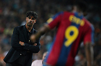 FC Barcelona's coach Frank Rijkaard looks to his player Samuel Eto'o during their Gamper Trophy football match against Inter Milan at Camp Nou stadium in Barcelona, 29 August 2007. INSIDEFOTO / PACO SERINELLI