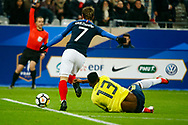 France's Antoine Griezmann (C) and Colombia's Yerry Mina (L) during the International Friendly Game football match between France and Colombia on march 23, 2018 at Stade de France in Saint-Denis, France - Photo Geoffroy Van Der Hasselt / ProSportsImages / DPPI