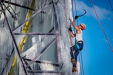 20210212 NED: Mountain climbers train on a vertical ice wall, Arnhem