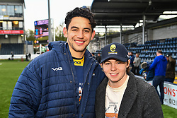 Bryce Heem of Worcester Warriors with a fan after the game - Mandatory by-line: Craig Thomas/JMP - 13/04/2019 - RUGBY - Sixways Stadium - Worcester, England - Worcester Warriors v Sale Sharks - Gallagher Premiership Rugby