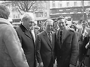 "Opening of New Ogra Fianna Fail office on O'Connell St,Dublin.1982.30.01.1982.01.30.1982.30th January 1982.Photograph of Mr Charles Haughey,.Leader of Fianna Fail,accompanied by Mr George Colley,Deputy Leader and Mr Tom Leonard prospective candidate for Dublin Central arriviving for the opening of the new ""Ogra"" office."