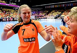 18-12-2015 DEN: World Championships Handball 2015 Poland  - Netherlands, Herning<br /> Halve finale - Nederland staat in de finale door Polen met 30-25 te verslaan / Debbie Bont #7