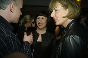 HANS ULRICH OBRIST, ALICE RAWTHORN AND JULIA PEYTON-JONES, Frieze Cartier Dinner. Shoreditch House. London. 11 October 2007. -DO NOT ARCHIVE-© Copyright Photograph by Dafydd Jones. 248 Clapham Rd. London SW9 0PZ. Tel 0207 820 0771. www.dafjones.com.