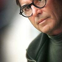 Nederland, 1999-2000.Portret van Amerikaan Paul Theroux, schrijver..American writer Paul Theroux.