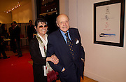 Nikki and Jack Cardiff, Jack Cardiff's Icons. Exhibition of photographs by  Jack Cardiff. royal College of Art. Kensington Gore. London. 10 November 2004. ONE TIME USE ONLY - DO NOT ARCHIVE  © Copyright Photograph by Dafydd Jones 66 Stockwell Park Rd. London SW9 0DA Tel 020 7733 0108 www.dafjones.com