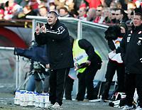 Fotball Tippeliga FREDRIKSTAD vs BRANN Fredrikstad stadion 10 april 2006 Branntrener Mons Ivar Mjelde Foto Kurt Pedersen DIGITALSPORT