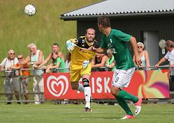 Mads Hamberg (FC Helsingør) under kampen i 2. Division Øst mellem Boldklubben Avarta og FC Helsingør den 19. august 2012 i Espelunden. (Foto: Claus Birch).