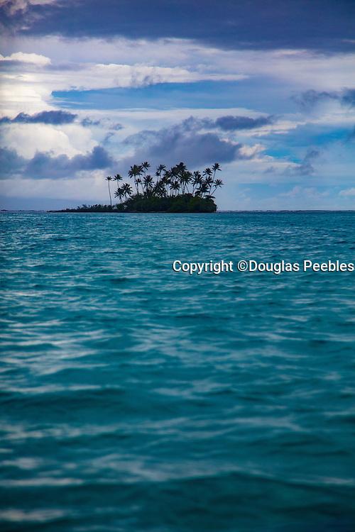 Motu in Tahaa, Raiatea, Lagoon, French Polynesia