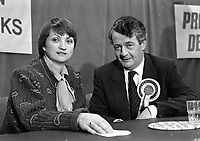 Progressive Democrats Candidates for Dublin South, Anne Colley daughter of the late TD George Colley with the Leader of the PD Des O'Malley at the convention in the IMI Sandyford, 15/10/1986 (Part of the Independent Newspapers Ireland/NLI Collection).