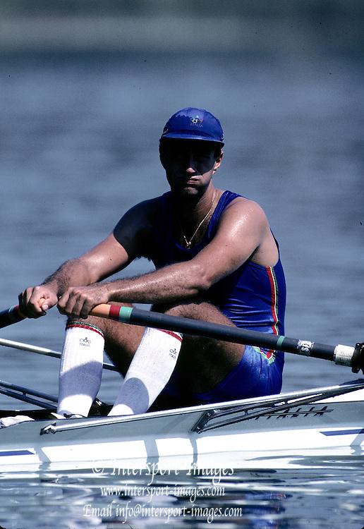 Barcelona Olympics 1992 - Lake Banyoles, SPAIN, ITA M1X, Massimo MARCONCINI    {Mandatory Credit: © Peter Spurrier /Intersport Images]