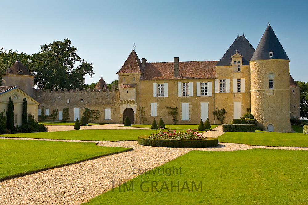 Chateau d'Yquem, Sauternes, France constructed in 15th Century RESERVED USE - NOT FOR DOWNLOAD -  FOR USE CONTACT TIM GRAHAM